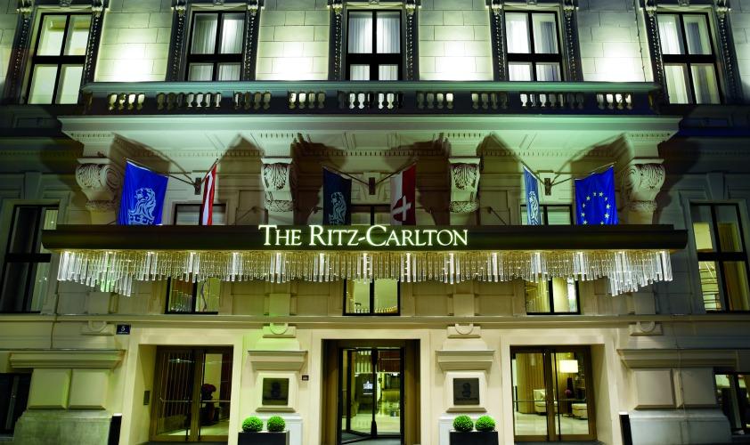 ritz carlton hotel company case study